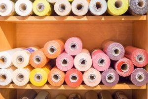 Papier- und Kunststofftischdecken